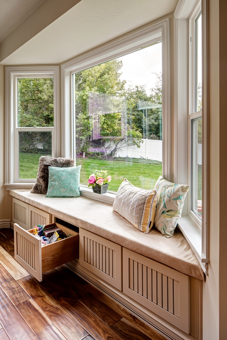 Window Seat / Storage Cabinets