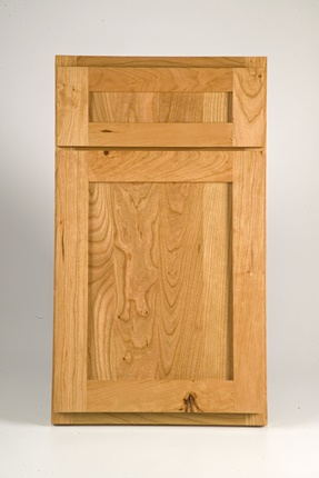 Clearcreek Knotty Cherry Natural  - optional 5 pc front